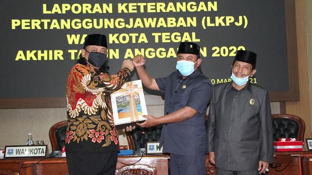 Wali Kota Sampaikan LKPJ Akhir TA 2020 ke DPRD Kota Tegal