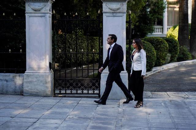 Ο Σύριζα επιστρέφει με φρενήρη ρυθμό στο 4%! ΤΕΛΕΙΩΝΕΙ και η ΓΕΡΜΑΝΙΔΑ ΚΑΓΚΕΛΑΡΙΟΣ!  Eνα ακόμη σκοτεινό deal ανάμεσα σε Μέρκελ-Τσίπρα!