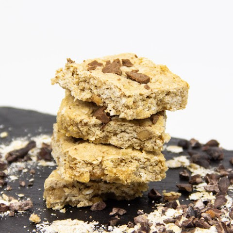 Oat Peanut Butter Squares with Gingerbread Spice