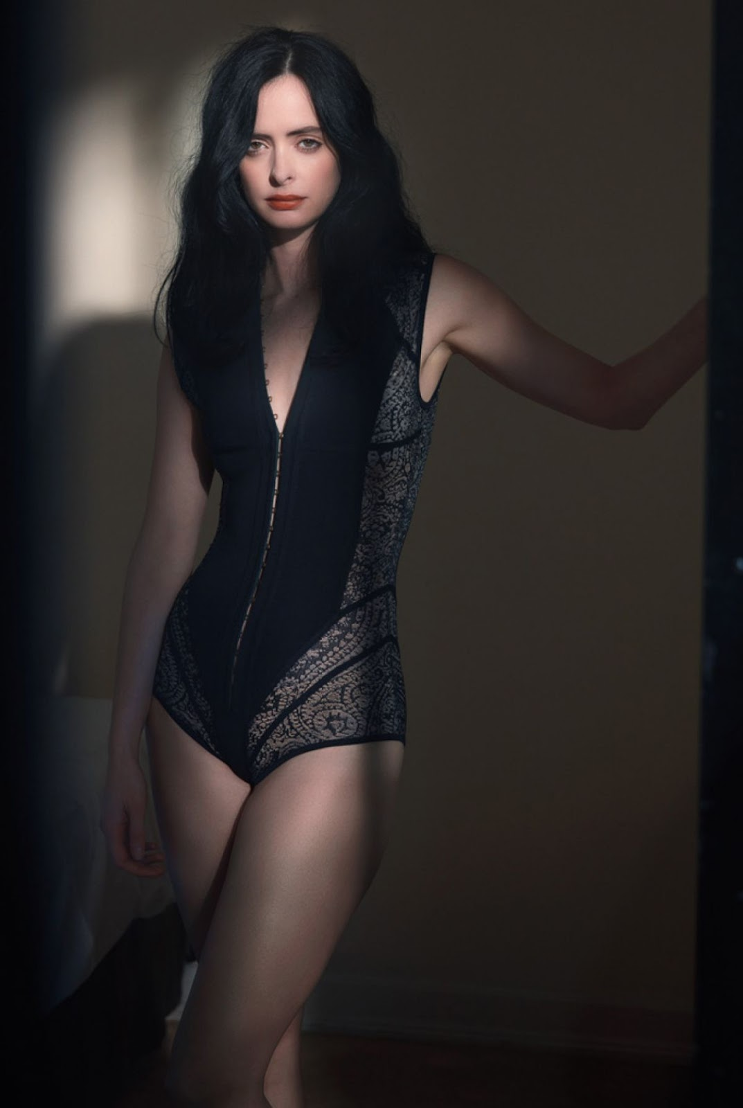 arts cross stitch actress model krysten ritter   w