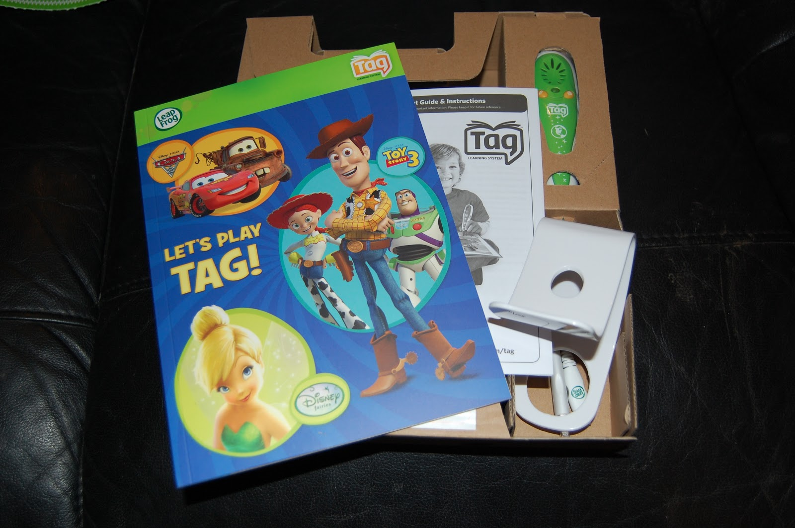 Leapfrog tag reading system my three and me the tag reader is really easy to set up you just need to insert 2 aaa batteries not included and connect it to your pc via the usb cable sciox Choice Image