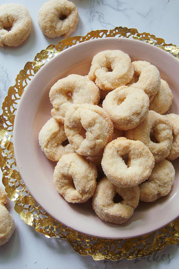 Итальянское печенье на белом вине
