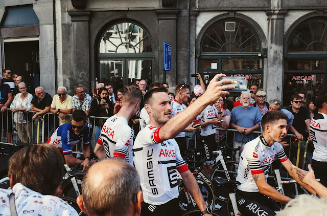 10 poze de la prezentarea echipelor din Turul Franței 2019
