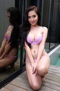 Model Seksi Asal Indonesia Foto Bugil di Thailand