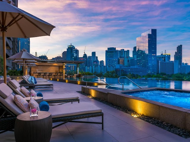 Series of 5-star hotels in the Philippines