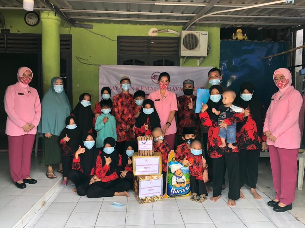 YKB Cabang Kota Barelang Beri Tali Asih ke Panti Jompo dan Asuhan Dalam Rangka HUT ke-41