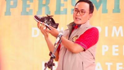 Sepatu Produk WUB Pamekasan Tembus Pasar Kalimantan
