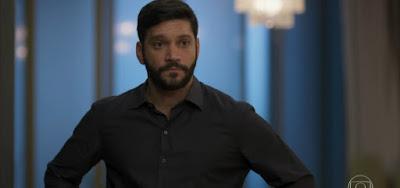 Diogo (Armando Babaioff) ficará preso no incêndio que provocará na editora Prado Monteiro