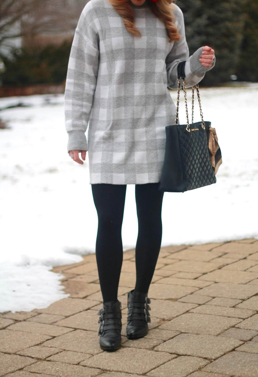 grey plaid sweaterdress, black buckle booties, black fedora, black quilted tote