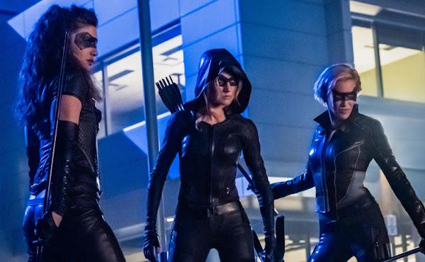 'Green Arrow and The Canaries' é cancelada pela The CW