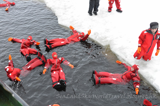 Sampo, Icebreaker, 破冰船, swim, 游泳
