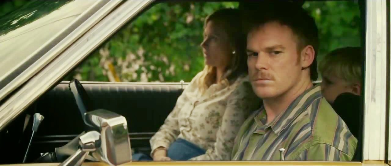 cold in july-vinessa shaw-michael c hall-brogan hall