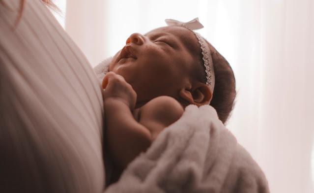 النظر إلى مولودك الجديد: ما هو الطبيعي ؟ - Looking at Your Newborn: What's Normal