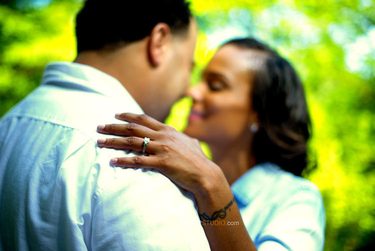 Ann Arbor Engagement session ring shots - Sudeep Studio.com Ann Arbor Photographer