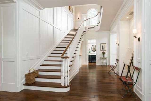 Staircase in entry of Cliffwood traditional mansion home designed by Steve Giannetti in Brentwood Park