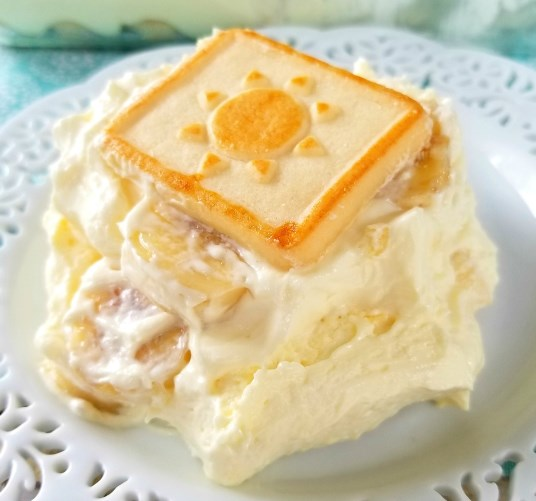 Paula Deen's Banana Pudding #desserts #biscuits