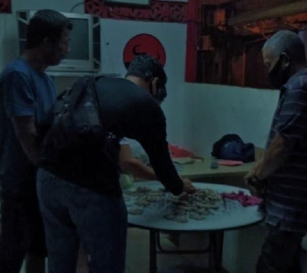 Polisi Bekuk Pengedar Ratusan Paket Ganja di Kampung Bule Harmoni Batam