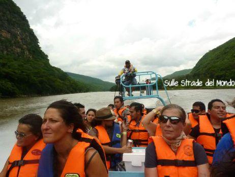 in barca nel Cañón del sumidero