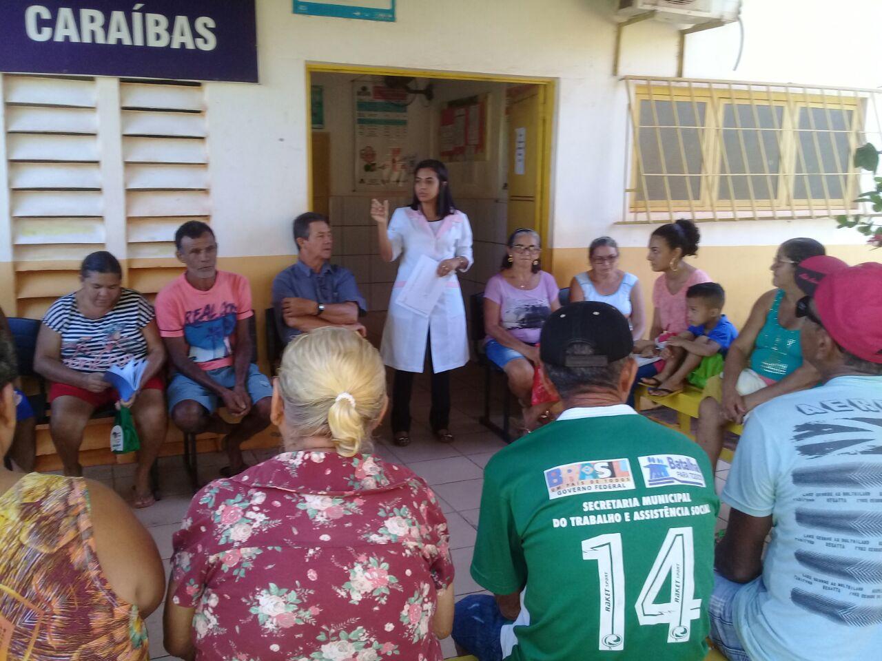 Equipe de Saúde da Família realiza campanha de vacinação com os idosos em Caraíbas