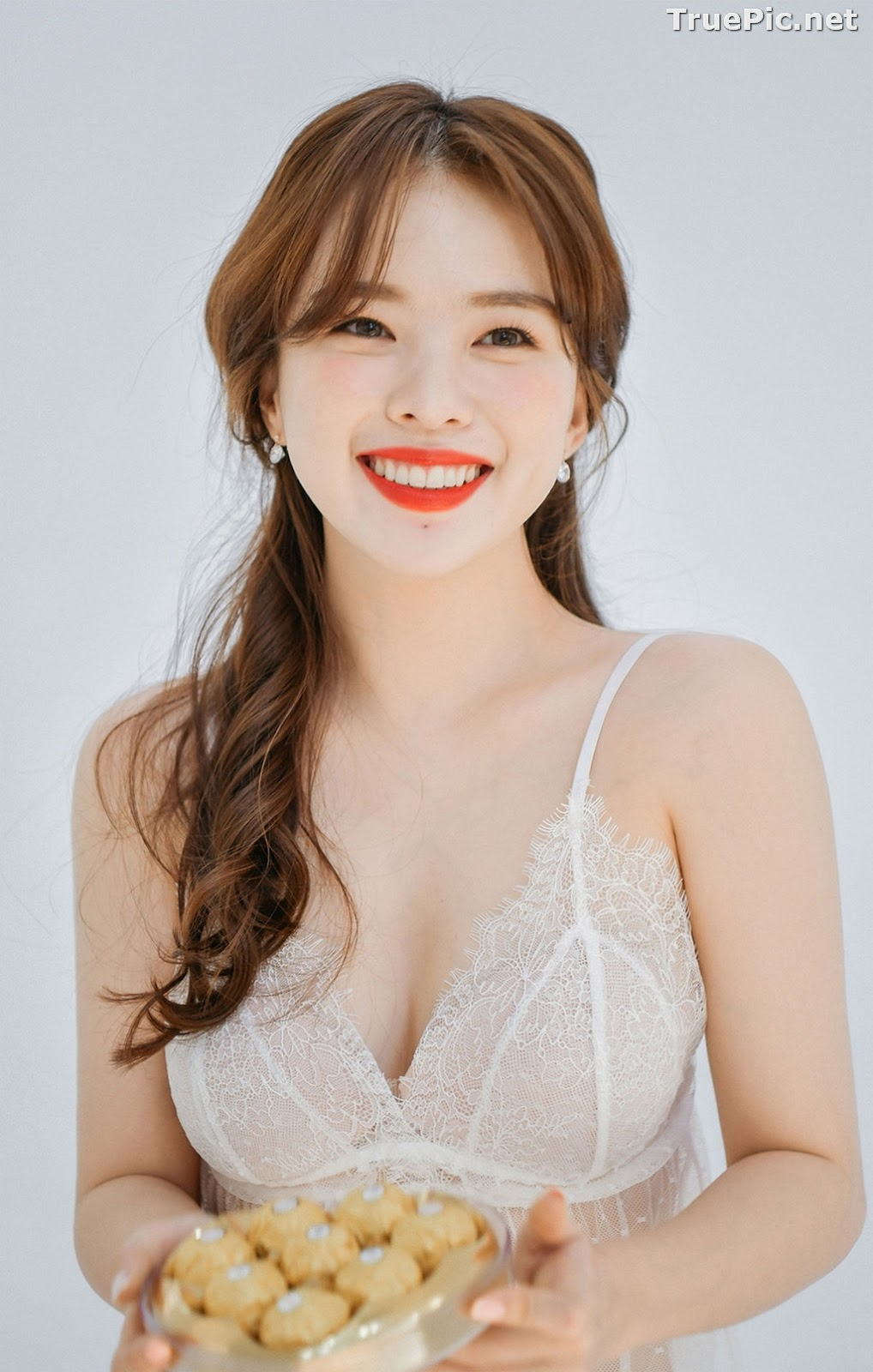 Image Korean Lingerie Queen – Haneul – White and Yellow Lingerie Set - TruePic.net - Picture-4