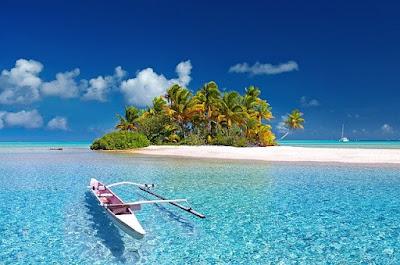 keindahan laut dan pantai indonesia