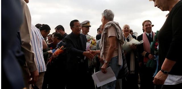 PM Kamboja Sambut Penumpang Kapal Pesiar Yang Ditolak Lima Negara