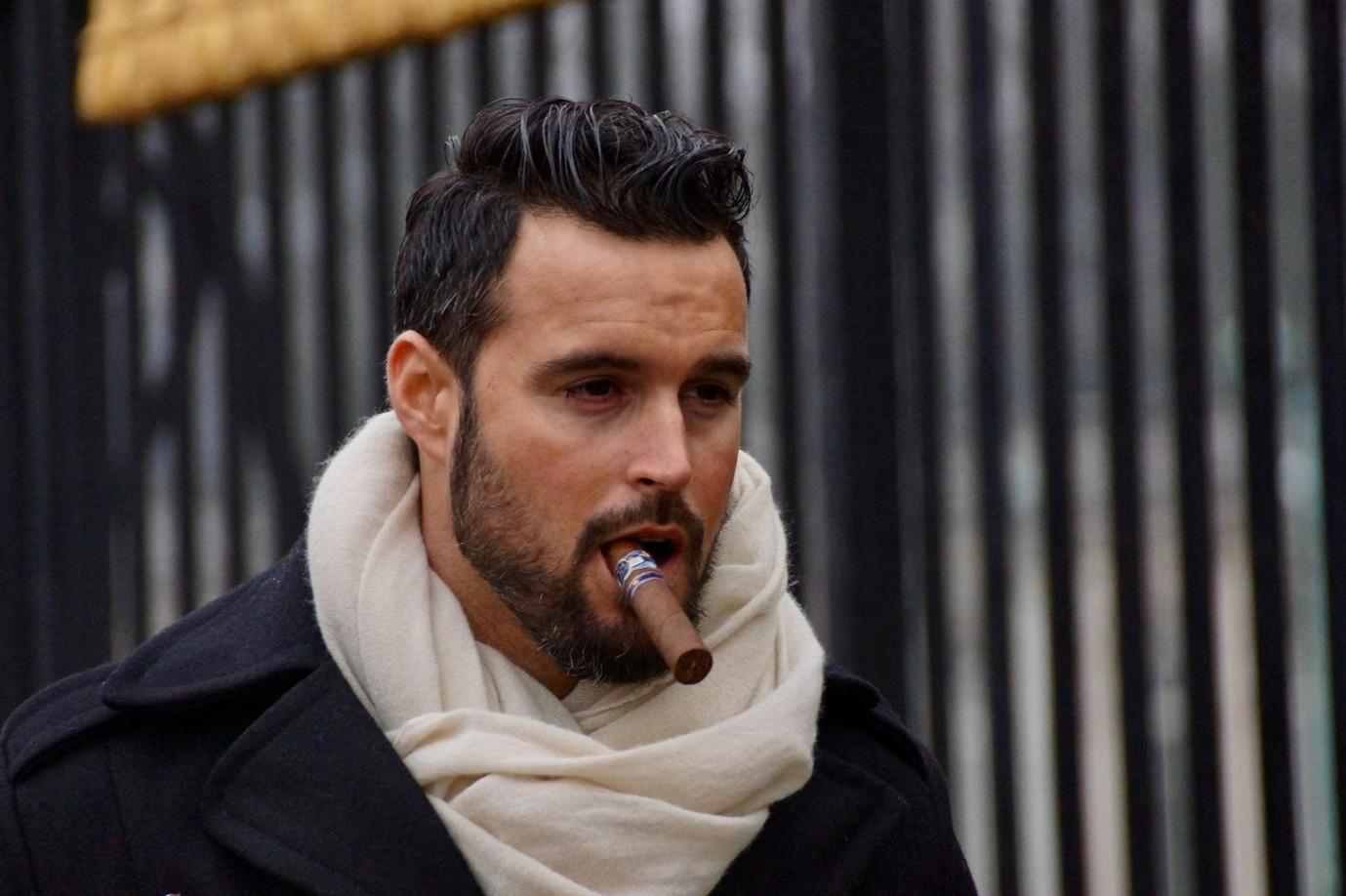 Cigar Smoking Hunks: YOUNG SMOKERS
