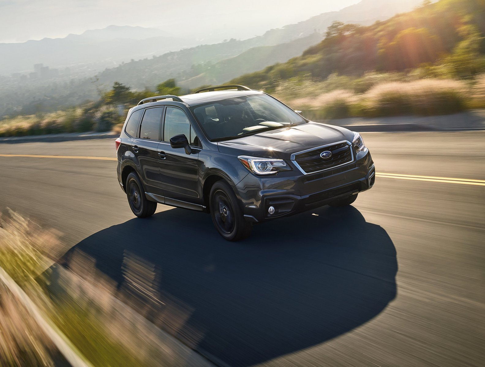 2018 subaru forester gets minor price hike and new black edition carscoops. Black Bedroom Furniture Sets. Home Design Ideas