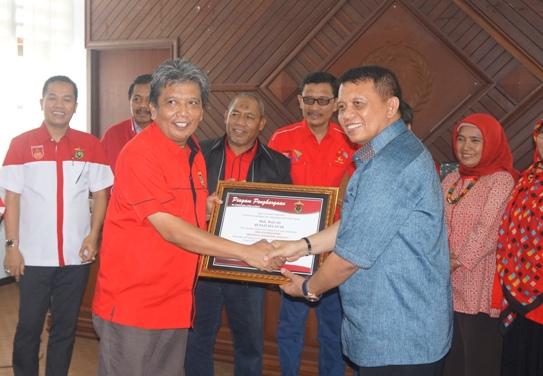 Pemkab Kep. Selayar, Terima Resmi Tim Bina Desa Mahasiswa Unhas 2017