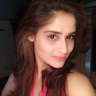 Arti Singh Wiki Biography, Image, Age, Wallpaper,Personal Profile,Tv Serial,Indian Hottie