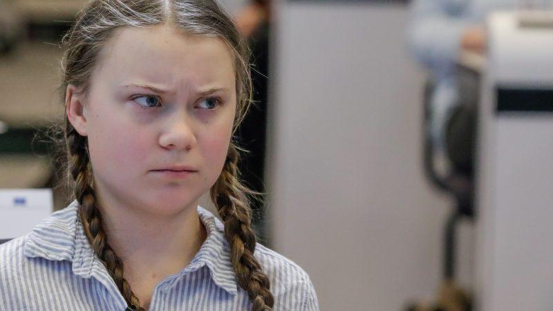 A eco-fascista Greta Thunberg exige o silenciamento dos seus opositores