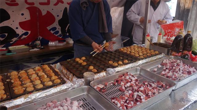 Penjual Takoyaki di Jepang