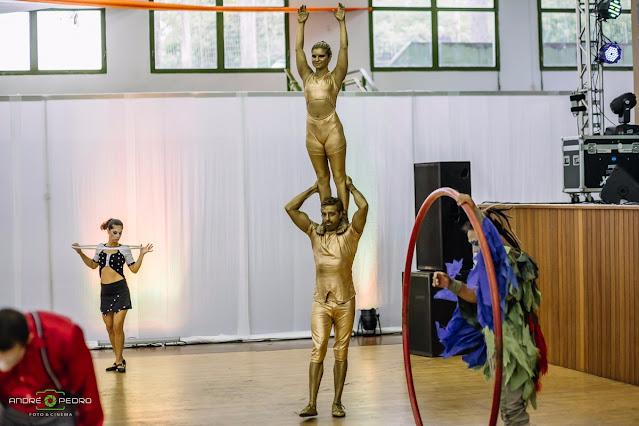 Entretenimento com artistas de circo para evento comemoração da casa de idosos Vida Mais em São Paulo.