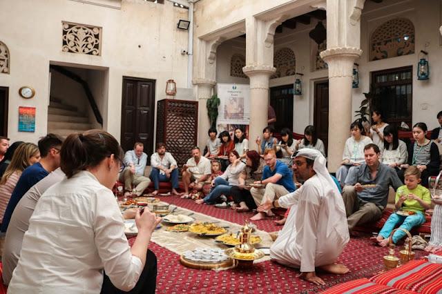 مركز الشيخ محمد بن راشد للتواصل الحضاري