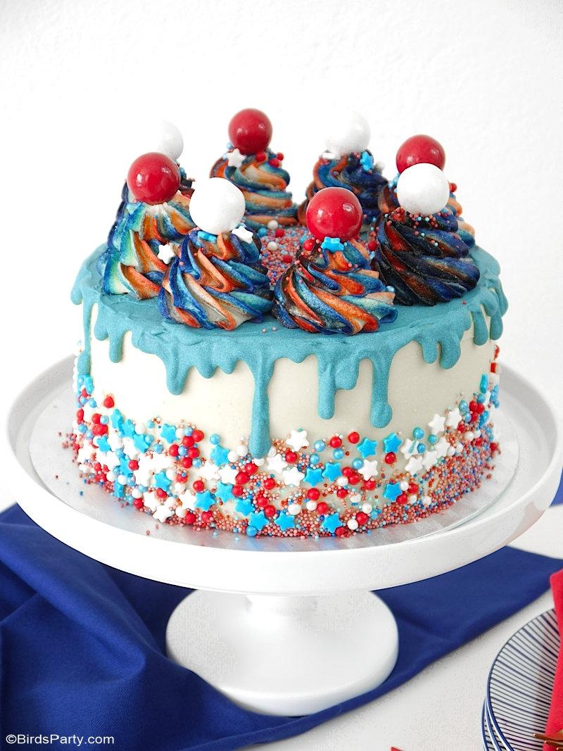 Layer Cake du 14 juillet en bleu, blanc et rouge - facile à faire et délicieux, ce gâteaux a tout pour plaire et ravir vos convives! by BirdsParty.com @birdsparty #recette #gateau #gateaux #layercake #cakedesign #recettegateau #bleublancrouge