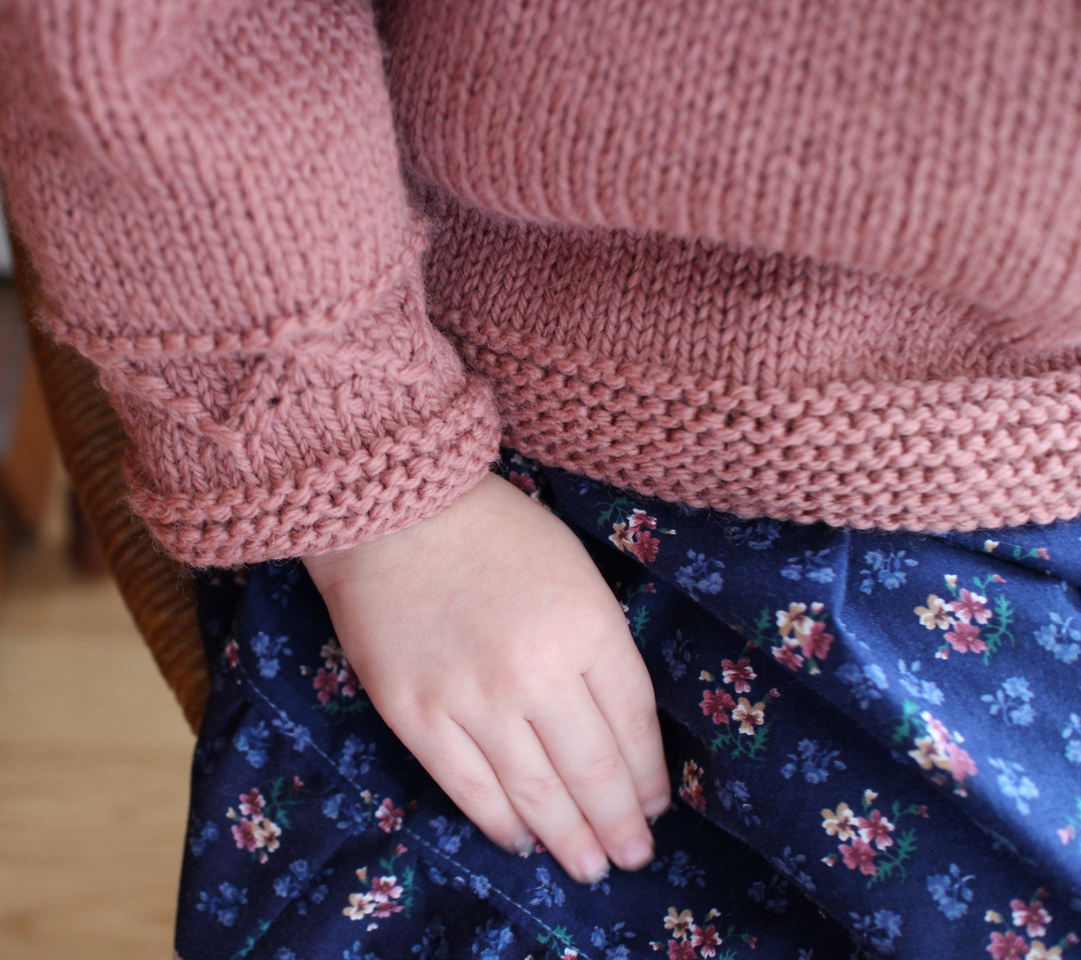 84153c238 Lilacs and Springtime  Tea with Granny Sweater
