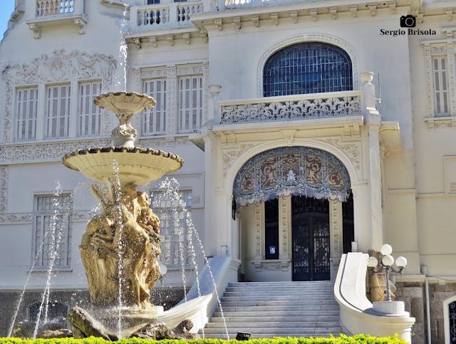 Palácio dos Cedros (fotocomposição Fonte e entrada principal)