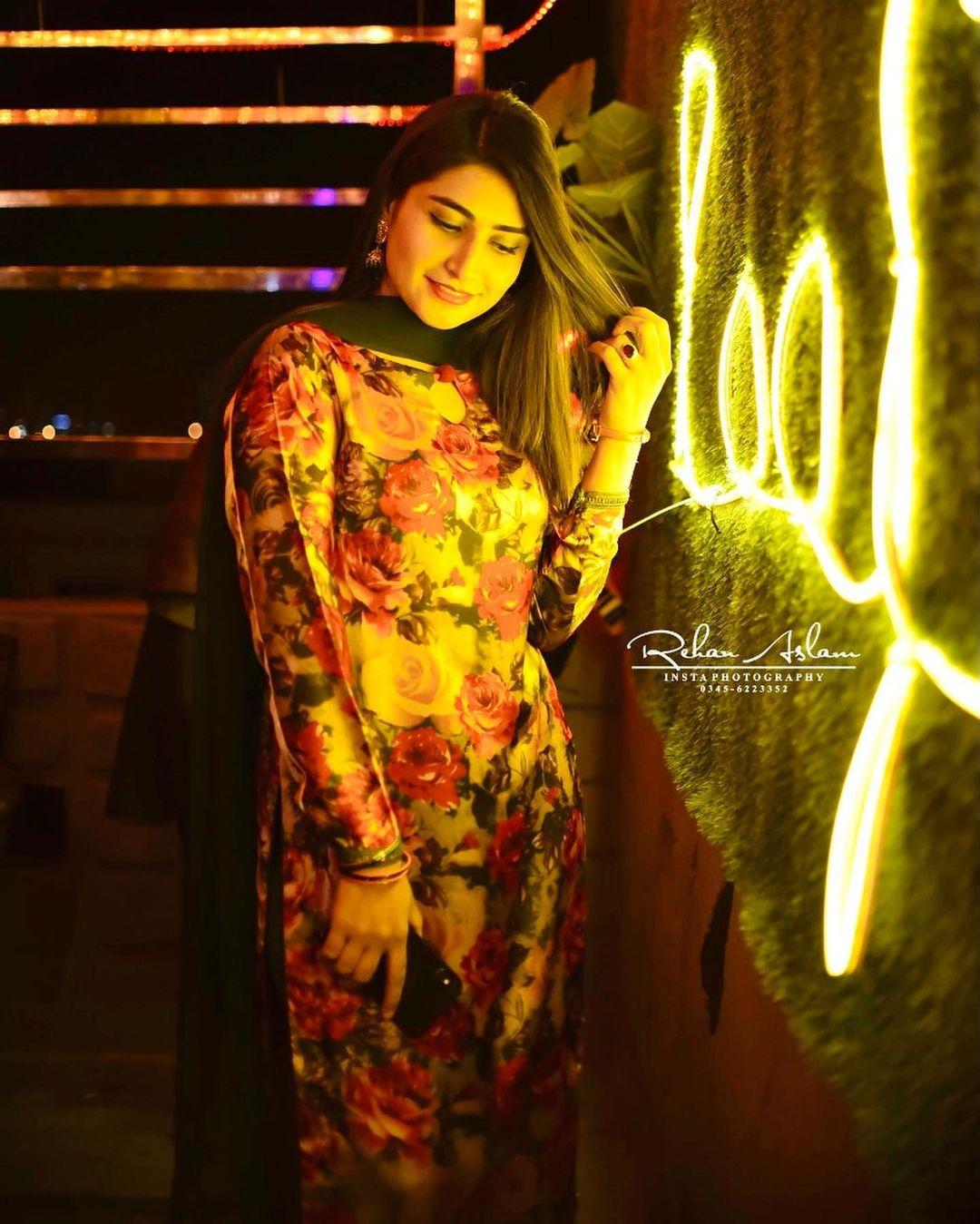 Zoi Hashmi