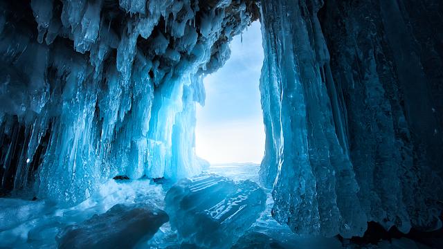 màu xanh có từ các tảng băng