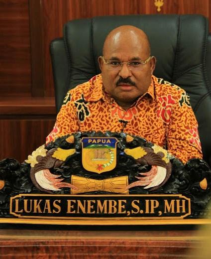 Gubernur Papua: Tidak Masalah Saya Diberhentikan oleh Negara karena Rakyat Papua