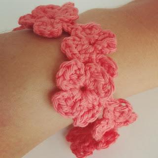 pulsera flores crochet ganchillo