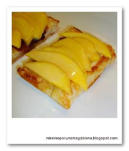 Tartaletas de hojaldre y mango