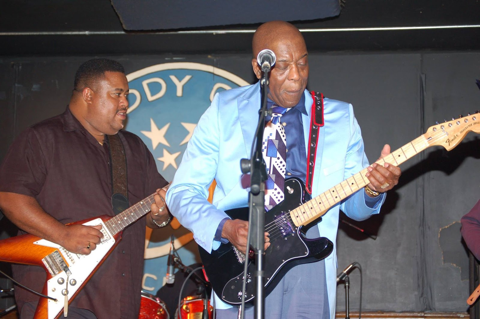 The Classic Rock Music Reporter Larry Mccray Blues Singer And Guitar Legend In The Making Exclusive Interview