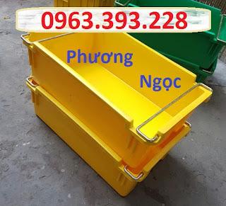 Sóng nhựa bít A2 có quai xách, thùng nhựa đựng đồ cơ khí 4c255c195677b029e966