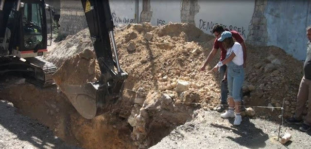 Permiten buscar tesoros demoliendo casas armenias