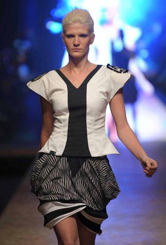 e87f39c311 Fazendo Charme: Iguatemi Serra Fashion – Designe de Moda/UCS