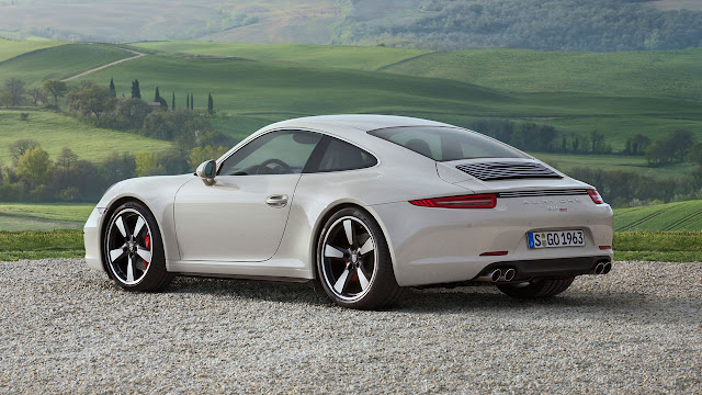 Porsche 911 50 years limited edition model rear