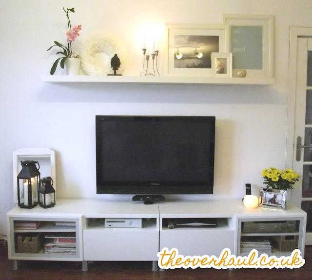 1000 ideas about shelf above tv on pinterest ikea floating shelves shelves and tvs. Black Bedroom Furniture Sets. Home Design Ideas