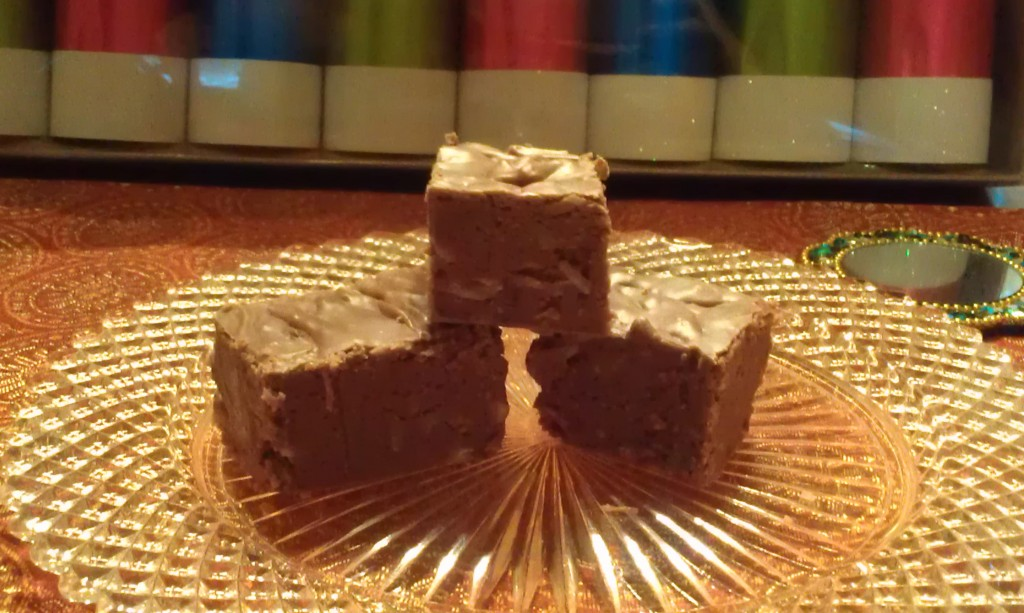 Christmas Fudge inspired by A Christmas Story by Eliot's Eats - A Christmas Story #FoodnFlix roundup via allroadsleadtothe.kitchen