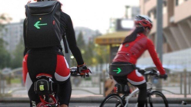 Mochila de ciclismo con pantalla integrada